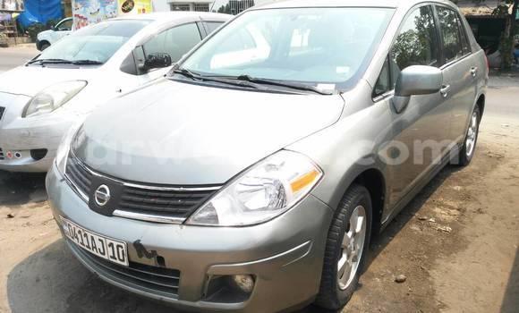 Acheter Voiture Nissan Almera Gris à Bandalungwa en Kinshasa