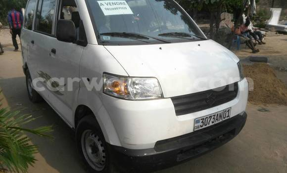 Acheter Voiture Suzuki APV Blanc à Kintambo en Kinshasa