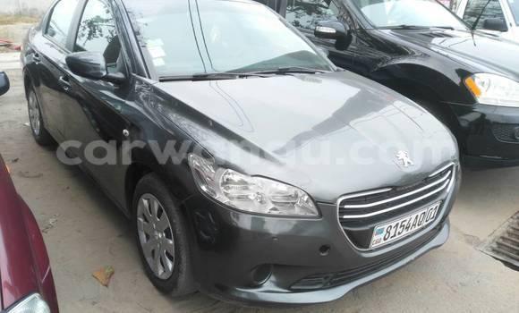 Acheter Voiture Peugeot 305 Gris à Gombe en Kinshasa