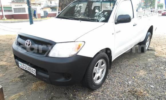 Acheter Voiture Toyota Hilux Blanc à Bandalungwa en Kinshasa