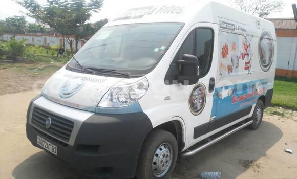 Acheter Voiture Fiat Ducato Blanc à Gombe en Kinshasa