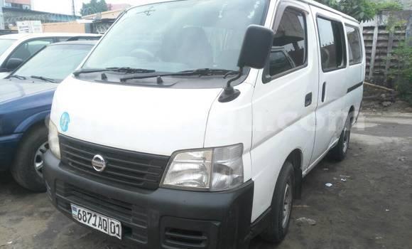Acheter Voiture Nissan Caravan Blanc à Gombe en Kinshasa