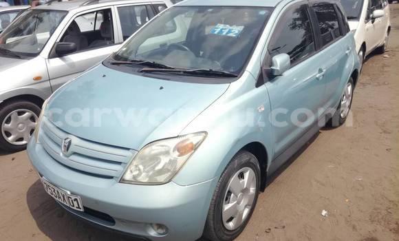 Acheter Voiture Toyota IST Bleu à Kalamu en Kinshasa