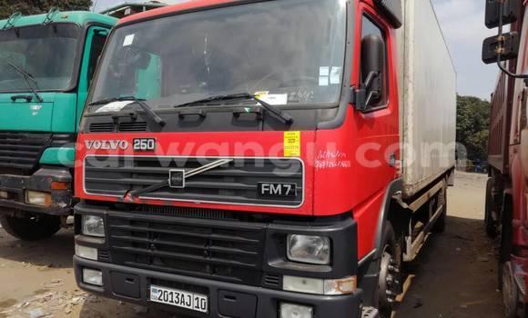 Acheter Utilitaire Volvo FH12 Rouge à Kalamu en Kinshasa