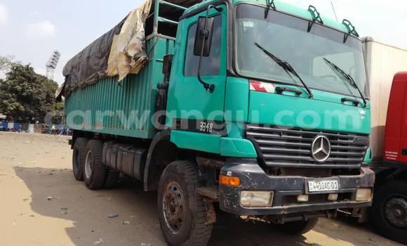 Acheter Utilitaire Mercedes Benz Actros 3341 Vert à Kalamu en Kinshasa
