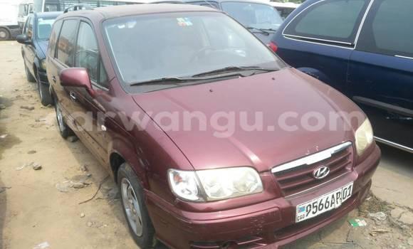 Acheter Voiture Hyundai Trajet Rouge à Kalamu en Kinshasa
