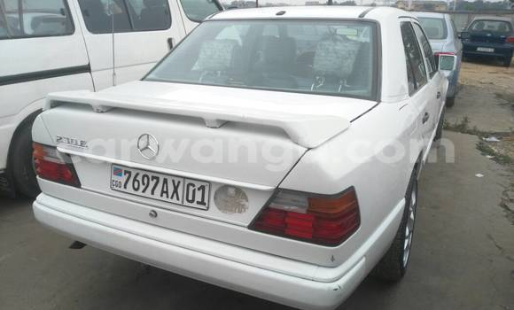 Buy Mercedes Benz 230 White Car in Kalamu in Kinshasa