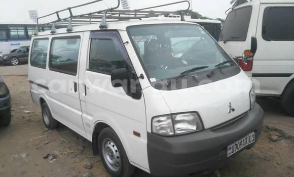 Acheter Voiture Mitsubishi Delica Blanc à Kalamu en Kinshasa