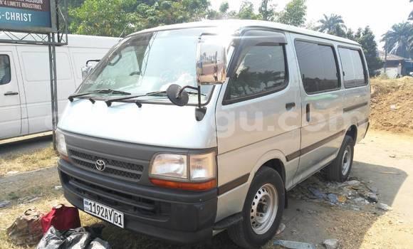 Acheter Voiture Toyota Hiace Gris à Limete en Kinshasa