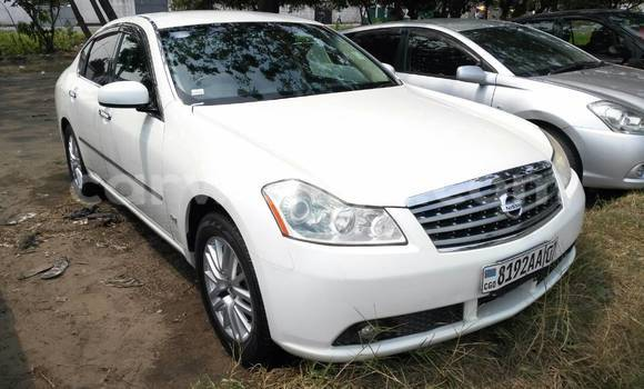 Acheter Voiture Nissan Fuga Blanc à Limete en Kinshasa