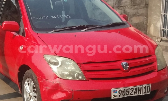 Acheter Voiture Toyota IST Rouge à Limete en Kinshasa