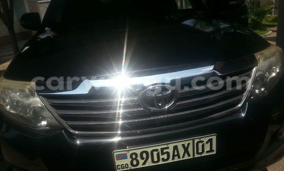 Acheter Voiture Toyota Fortuner Noir à Bandalungwa en Kinshasa