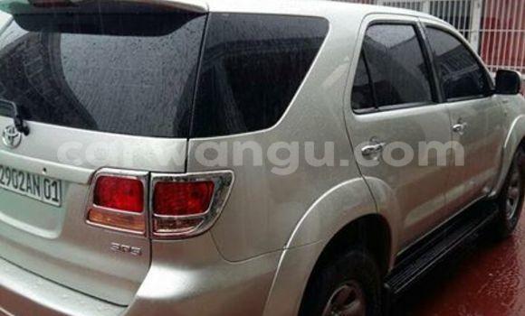 Acheter Voiture Toyota Fortuner Gris à Bandalungwa en Kinshasa