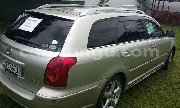 Acheter Voiture Toyota Avensis Gris à Bandalungwa en Kinshasa