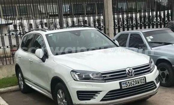 Acheter Voiture Volkswagen Touareg Blanc à Bandalungwa en Kinshasa