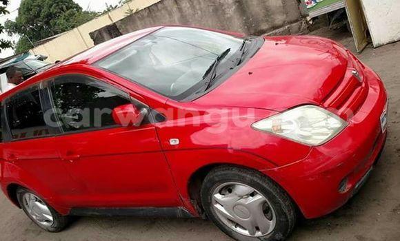 Acheter Voiture Toyota IST Rouge à Bandalungwa en Kinshasa