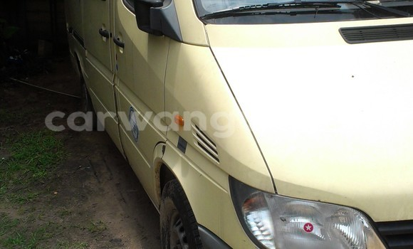 Buy Mercedes Benz Sprinter Black Car in Bandalungwa in Kinshasa